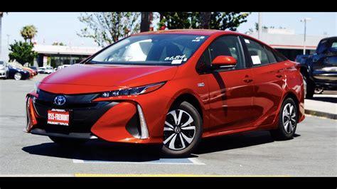 2017 Toyota Prius Prime / Phv (premium)