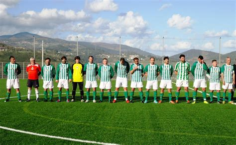 A similar comparison for all arouca's games versus all rio ave's games (34 in total) produces the following: Veteranos: Rio Ave FC vence o Arouca - Rio Ave Futebol Clube