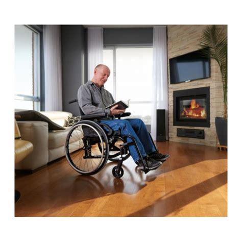 fauteuil roulant ultra leger fauteuil roulant pliant ultra l 233 ger move motion composites la maison andr 233 viger