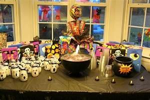 Decoration Halloween Pas Cher : decoration halloween pas cher ~ Melissatoandfro.com Idées de Décoration