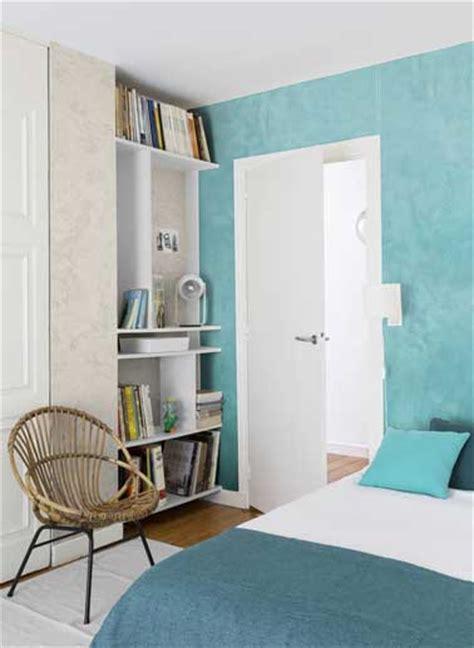 deco de chambre d ados fille peinture nacrée turquoise et beige dans une chambre d 39 ado
