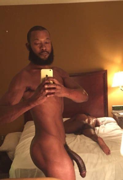 Negro Dotado Pollón Se Folla A Su Novio Tema Gay Porno