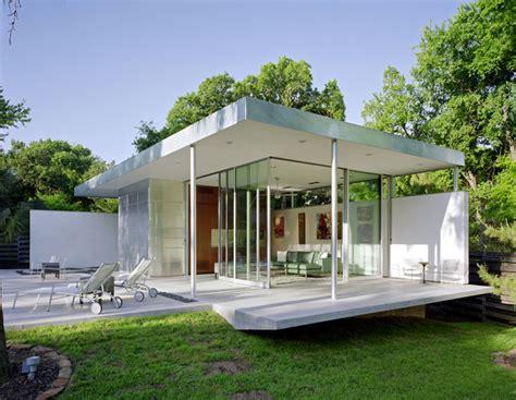 tarrytown pavilion modern pool austin  steinbomer bramwell vrazel architects