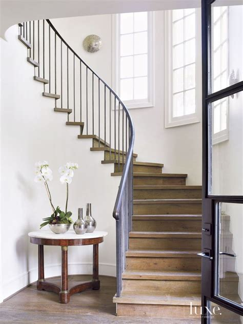 Stair Banister Pictures by 299 Best Staircases Images On Banisters