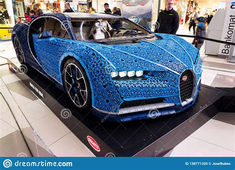 A real bugatti chiron will set you back $2.5 million, but this one cost just 1,000,000 bricks… and 2,304 lego power function motors… and 4,032 technic gears. Bugatti Chiron Full-size Model From Lego Bricks Editorial Image - Image of game, building: 138771320