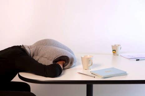 sieste bureau dormir tranquillement au bureau déco design