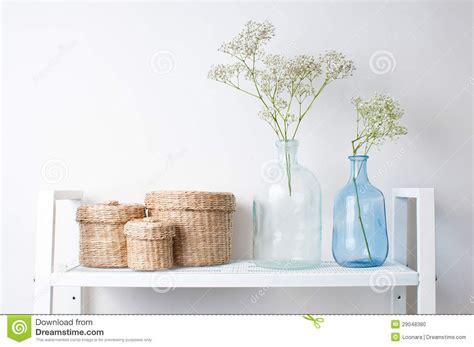 binnenhuisarchitectuur prijzen binnenhuisarchitectuur takken in flessen en manden stock