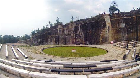 tebing breksi wisata  bukit batu  yogyakarta