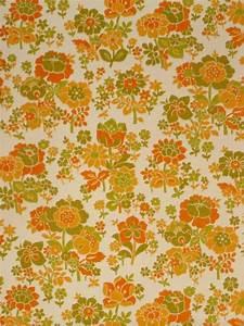 Vintage Retro '60s Floral Wallpaper