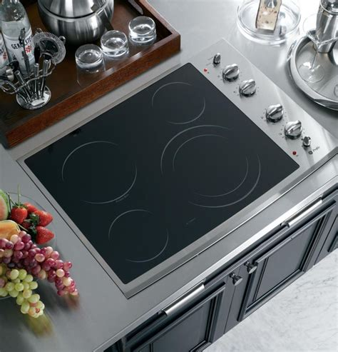 ge ppsmss  smoothtop electric cooktop   ribbon elements powerboil burner melt