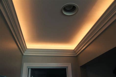 Tray Ceiling Crown Molding by Narrow Tray Ceiling Illuminated With Rope Lighting And