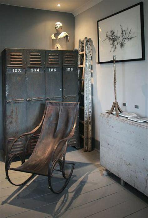 Armoire Métallique Vestiaire by L Armoire M 233 Tallique Apporte L Esprit Industriel 224 La