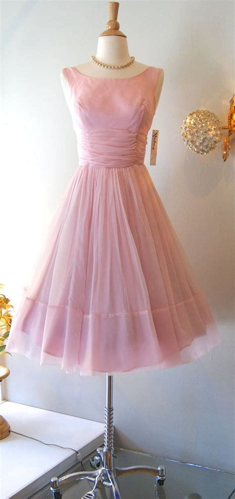 dress vintage  bubble gum pink chiffon party