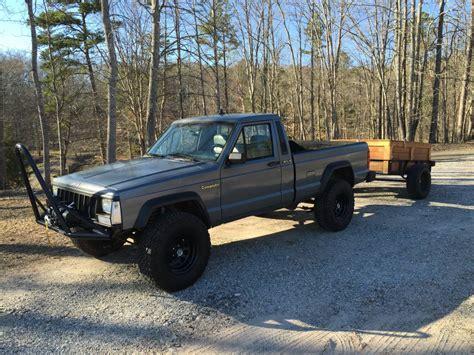 jeep comanche pioneer  manual  sale  ball