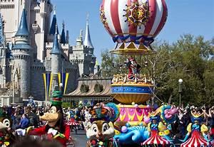 Pictures Disney Festival Of Fantasy Parade Orlando Sentinel