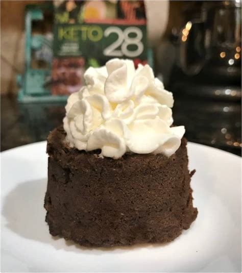 minute keto chocolate mug cake isaveazcom