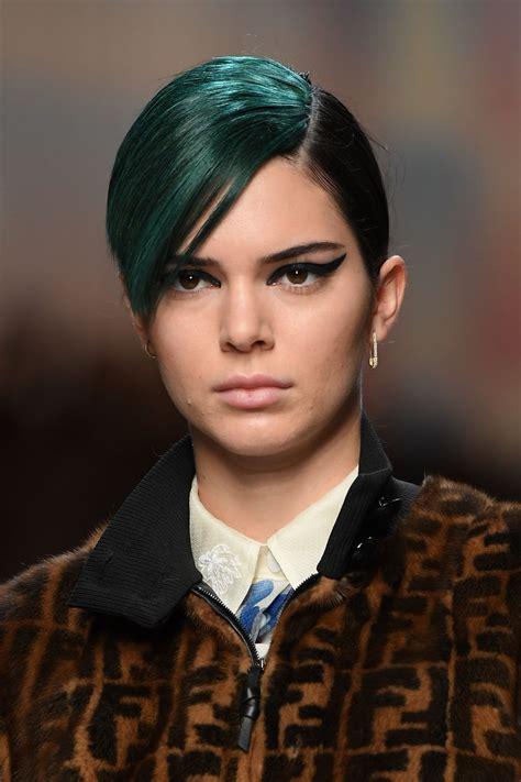 Kendall Jenner - Runway at Fendi Fashion Show in Milan 09 ...