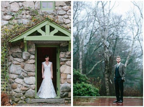 november wedding   beautiful foggy day   rustic