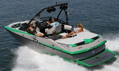 Axis Boats Alberta by 2011 Malibu Axis 22 Buyers Guide Boattest Ca