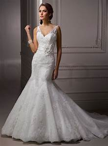 Lace mermaid wedding dress the way to look elegant for Lacy wedding dresses