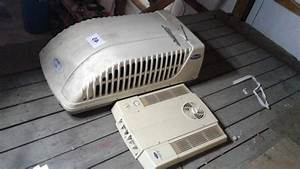 Carrier Rv Roof Air Conditioner  Good