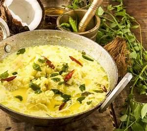 Cauliflower In Coconut Milk Curry Recipe by Archana's ...