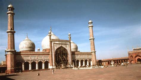 jama masjid delhi view  prayer hall  courtyard