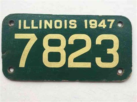 Illinois 1947 Motorcycle License Plate Garage Cardboard