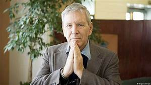 """Interview with Israeli author Amos Oz: """"I want peace ..."""