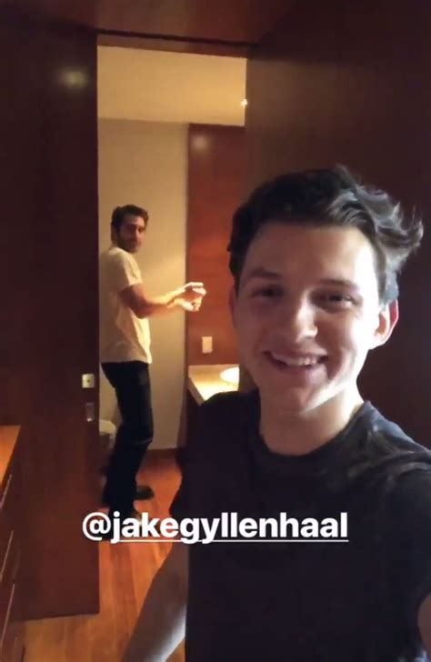 tom holland catches jake gyllenhaal practicing spider man