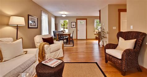 Cozy Bungalow House With Simple Elegant Interiors