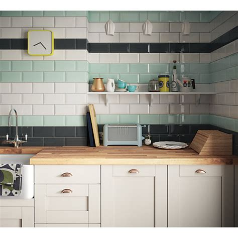 Wickes Metro White Ceramic Tile 200 X 100mm  Wickescouk