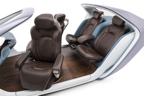 Adient Unveils New Luxury Seating Concept For Level-3 And