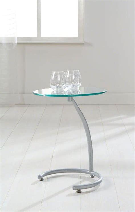 bout de canapé en verre courbes bout de canape sellette avec plateau en verre