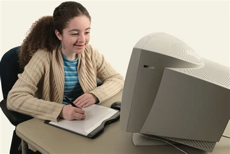 Things you need to know before hiring an online tutor