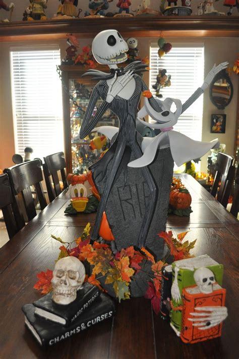 ideas  disney halloween decorations  pinterest disney halloween halloween