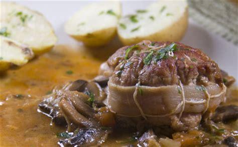cuisiner paupiettes de veau paupiettes de veau pour 6 personnes recettes à table