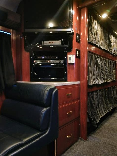 VINNIE PAUL's Tour Bus Up For Sale   Bravewords.com