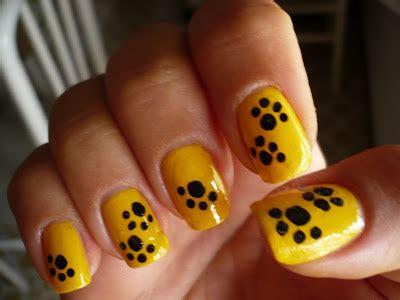 agosto  trendy nail
