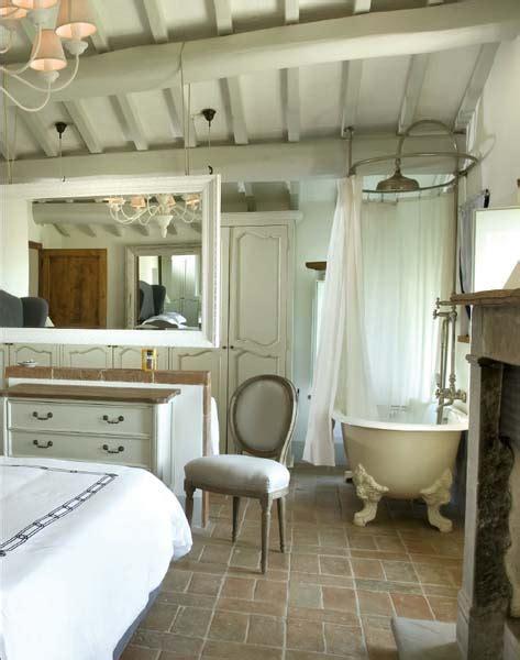 vasca da bagno in francese cuore gentile con vista su todi ville casali