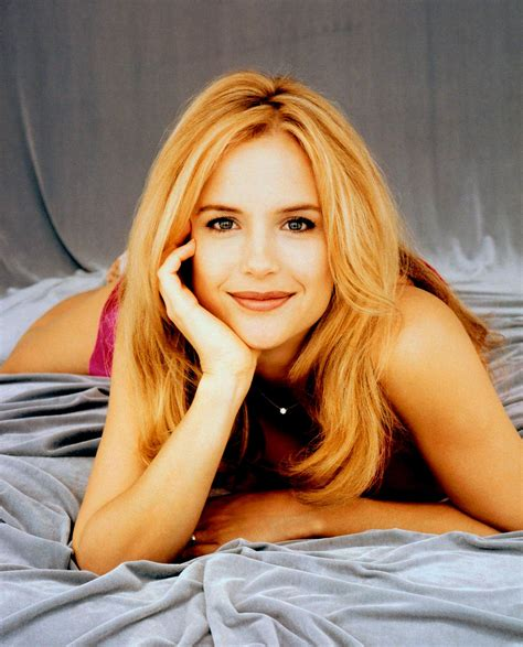 actress kelly preston kelly preston hot pinterest kelly preston and actresses