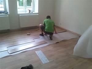 Pokládání plovoucí podlahy cena