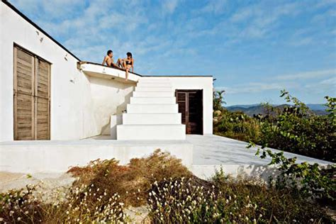 Modern Work Of Mexican Architecture by Modern Mexican Architecture Vacation Home Design By