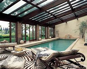 Indoor swimming pool design ideas interiorholiccom for Indoor swimming pool design ideas