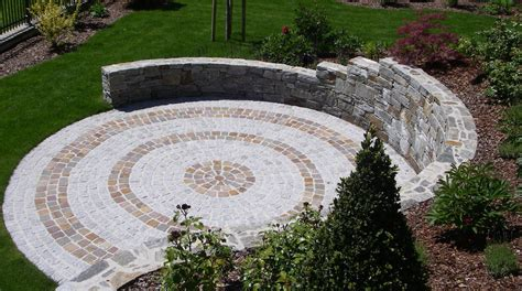 Steine Im Garten   Hussl Gartenbau