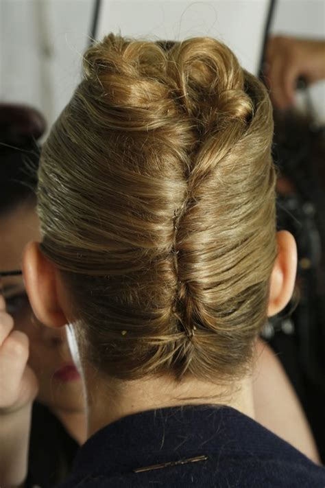 hairstyle french twist updo