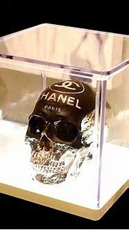 Skull Chanel Sculpture, Paris | Skull, Sculpture, Skull art