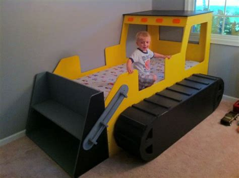 Corvette Toddler Bed by 18 Utterly Awesome Kid S Beds Homes And Hues