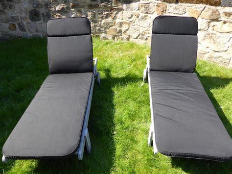 coussin chaise jardin meubles de jardin coussin lot de 2 coussin noir pour le