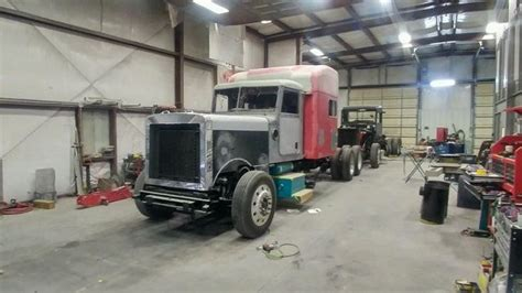 I am always greeted with smiling faces and a family friendly atmosphere. Semi Truck Repair Shops near Me   Types Trucks